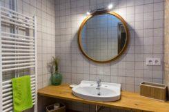 hort bathroom 2